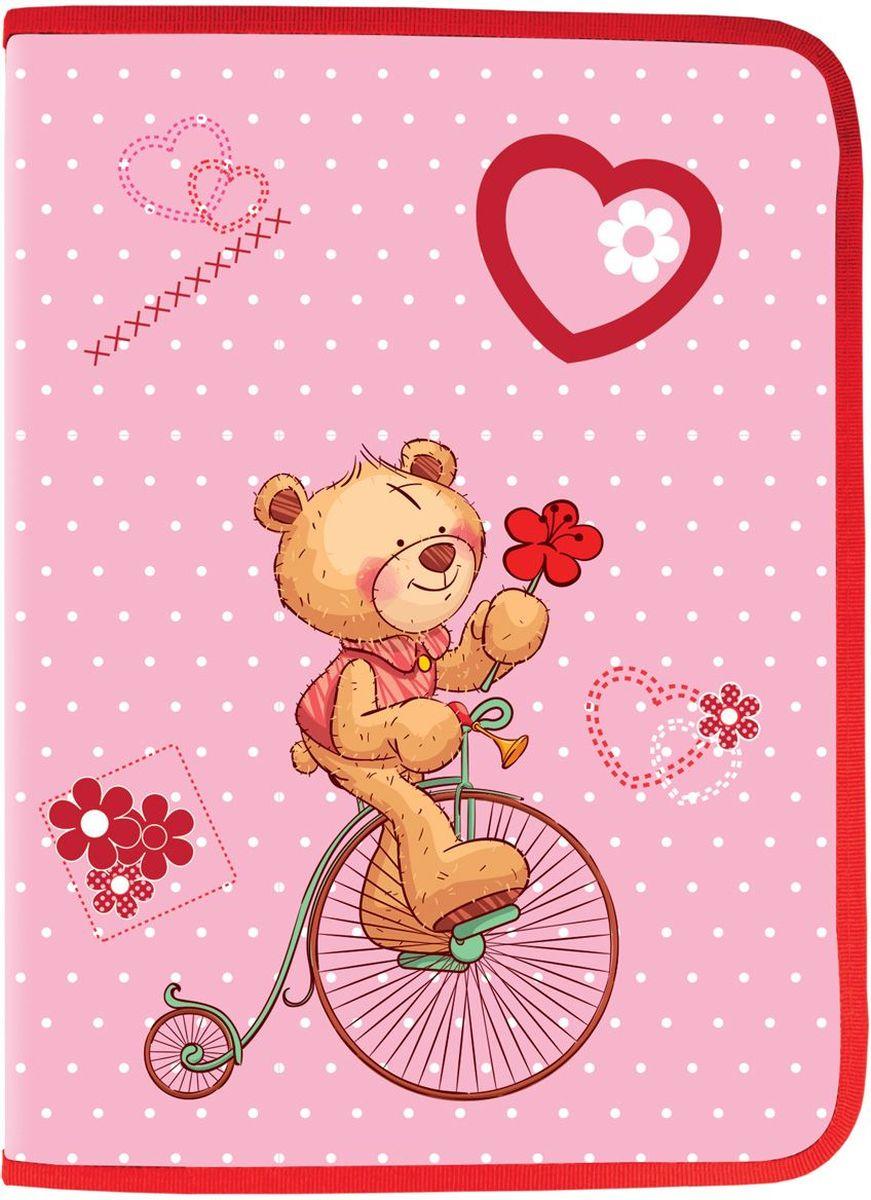 Brauberg Папка для труда МишкаFS-36052Папка для труда Мишка предназначена для девочек 7-10 лет. Она выполнена в красно-розовом цвете и дополнена необычным принтом на карманах. Благодаря такой яркой расцветке, с товарами этой серии ребенок всегда будет выглядеть нарядно и опрятно.•Формат А4 (330х230 мм). •1 отделение. •Материал-полипропилен. •Вкладыш для принадлежностей. •Застежка - молния с трех сторон.