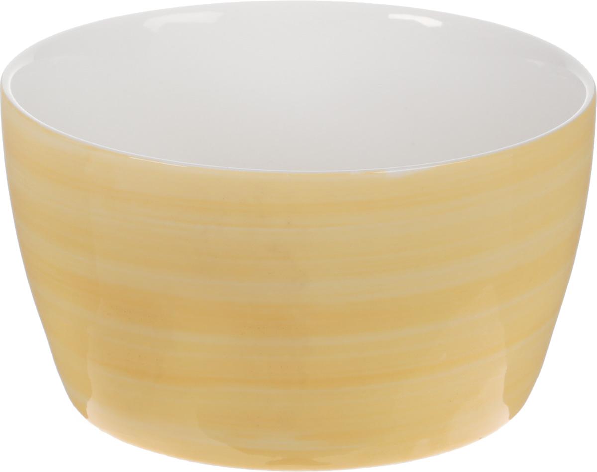 Форма для запекания Calve, круглая, 550 мл54 009312Форма для запекания Calve выполнена из жаропрочной керамики. Изделие можно использовать в духовке. Во время процесса приготовления посуда из керамики впитывает лишнюю влагу из продукта и хранит тепло. Такая форма подойдет для хранения блюда в холодильнике и морозильной камере. Можно мыть в посудомоечной машине. Диаметр (по верхнему краю): 12,5 см. Объем: 550 мл.