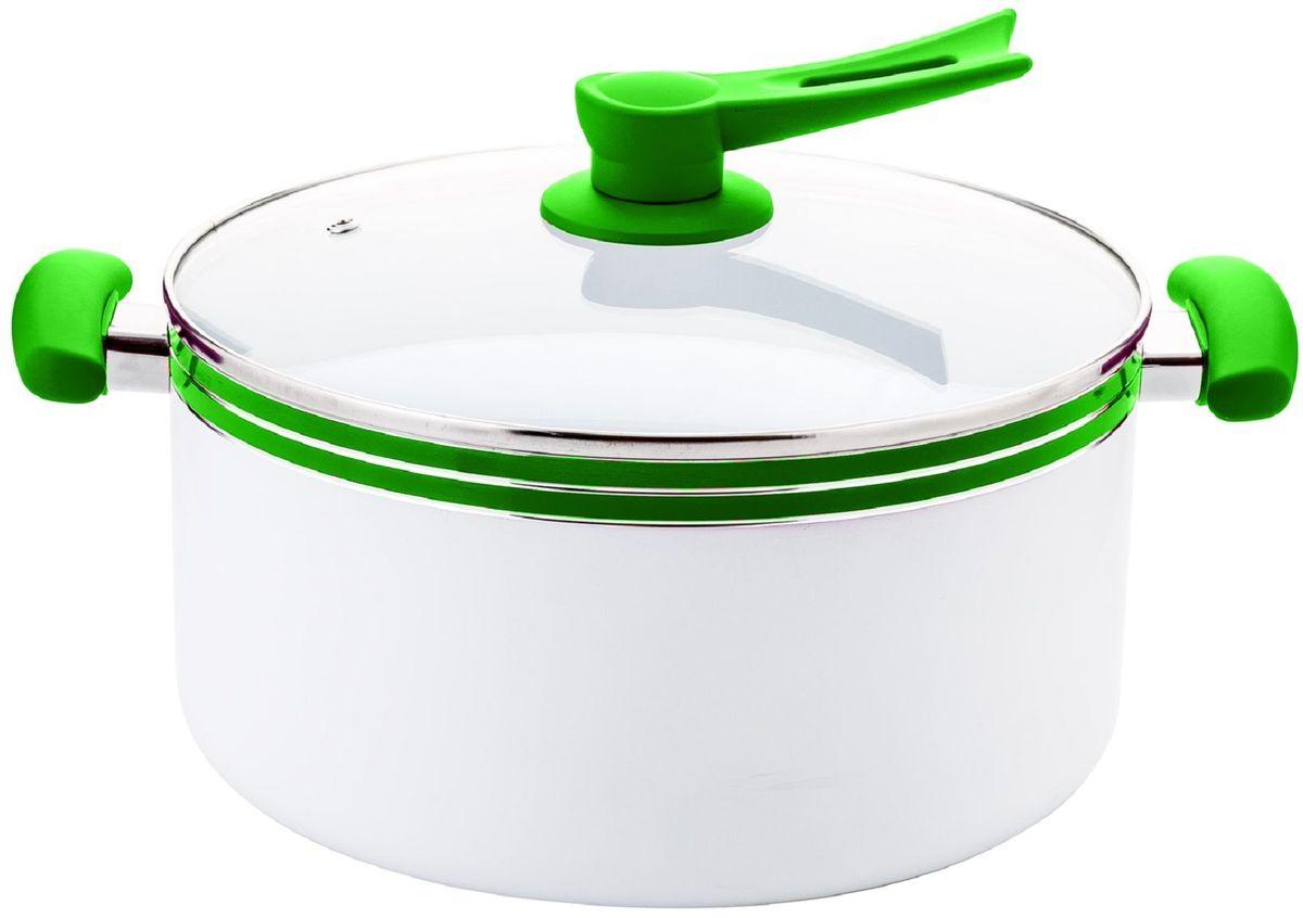 Кастрюля Elff Decor с крышкой, с керамическим покрытием, цвет: зеленый, 8,1 л1400-211Кастрюля Изготовлена из алюминия с керамическим покрытием внутри Ненагревающиеся силиконовые цветные ручки Стеклянная крышка Прочный и стойкий литой алюминий Подходит для использования на всех типах кухонных плит, включая индукцию Пригодна для мытья в посудомоечной машине. d.28 см Емкость-8,1 л