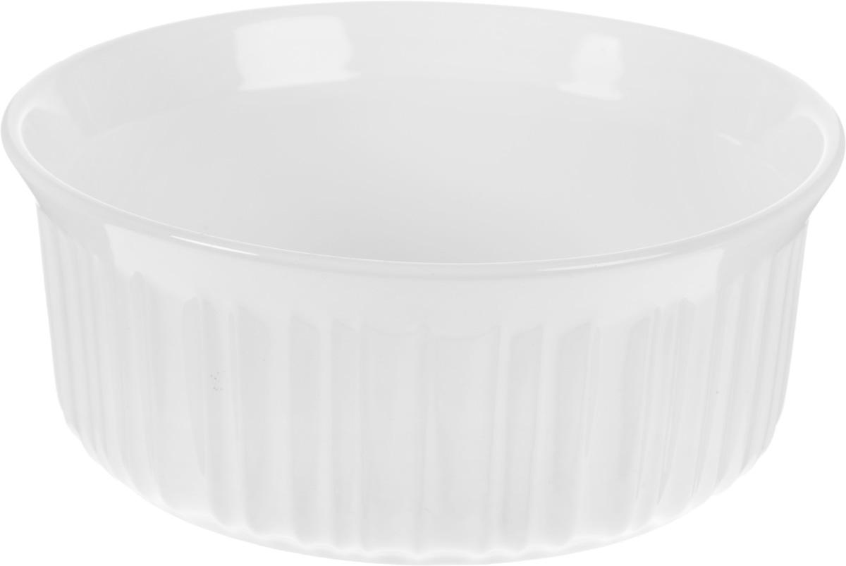 Форма для запекания Calve, круглая, диаметр 20 см54 009312Форма для запекания Calve выполнена из жаропрочной керамики. Изделие можно использовать в духовке, конвекционной и микроволновой печи. Во время процесса приготовления посуда из керамики впитывает лишнюю влагу из продукта и хранит тепло. Такая форма подойдет для хранения блюда в холодильнике и морозильной камере. Диаметр (по верхнему краю): 20 см. Высота: 8 см.
