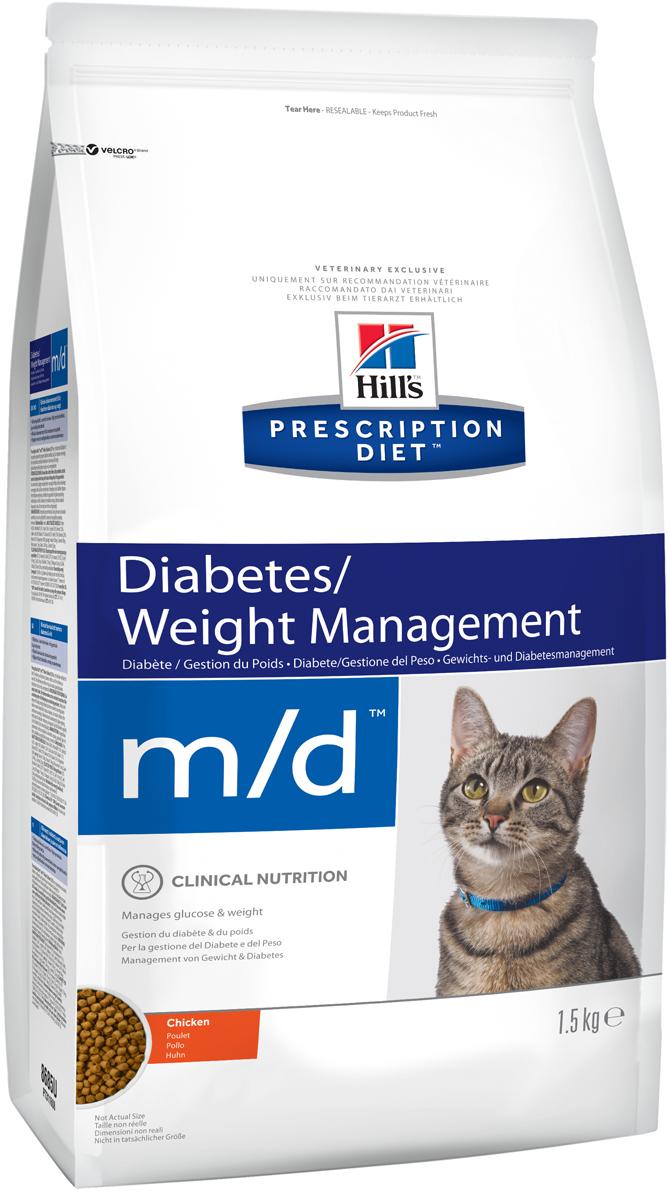 Корм сухой диетический Hills M/D для кошек, для лечения сахарного диабета и ожирения, 1,5 кг0120710Сбалансированный лечебный корм для кошек Hills M/D содержит специальную формулу, позволяющую вашей кошке сбросить лишний вес, а также поддерживать уровень инсулина в крови в норме для предотвращения развития диабета. Почти 50% всех кошек в мире страдают от избыточного веса. Даже небольшое превышение нормы может привести к серьезным проблемам со здоровьем животного. Избыточный вес сокращает время, проводимое за игрой, влияет на подвижность кошки и на ее общее состояние здоровья. Среди факторов, способствующих набору лишнего веса, можно выделить возраст, недостаток подвижности и перекармливание. Во многих коммерческих кормах содержится много соли и жира, улучшающих вкусовые качества корма, но негативно влияющих на вес и здоровье кошки. Наравне с частыми физическими нагрузками, выбор подходящего корма играет важную роль в поддержании нормального веса животного. Ключевые преимущества корма: - пониженное содержание углеводов и повышенный уровень протеинов вносят коррективы в метаболизм, сокращая жировую массу, - контролирует уровень глюкозы в крови - идеально подходит для кошек, страдающих диабетом, - высокий уровень карнитина мобилизует жировые отложения и поддерживает сухую мышечную массу, - высокий уровень таурина способствует поддержанию уровня инсулина в норме, - натуральные антиоксиданты помогают контролировать насыщение клеток кислородом и поддерживать иммунную систему. Рекомендации по кормлению: Монодиета не требует дополнений. Проконсультируйтесь с вашим ветеринаром перед приемом. Кормите в соответствии с рекомендациями на упаковке. Кошкам с избыточным весом требуются порции меньшего размера. Следуйте режиму и нормам кормления в соответствии с рекомендацией ветеринарного врача. Рекомендуемая продолжительность диетотерапии - для урегулирования потребления глюкозы - 6 месяцев изначально; для снижения веса: до момента достижения оптимального веса. Обеспечьте питомцу п