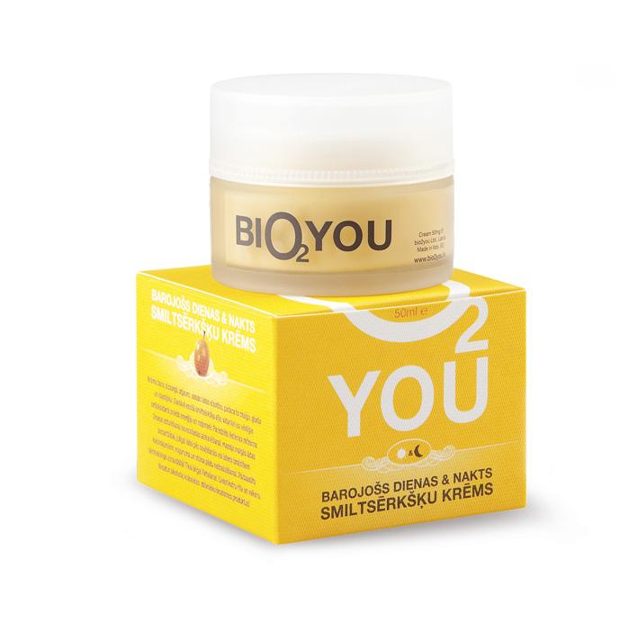 BIO2You Yellow range Питательный дневной и ночной облепиховый крем, 50 мл960022Благодаря особому увлажняющему комплексу, витаминам, ценным растительным маслам и пантенолу крем питает, защищает, восстанавливает и повышает эластичность кожи, делая ее нежной, гладкой и наполненной сиянием. Облепихa в составе крема и ценные антиоксиданты регенерируют и заряжают кожу энергией. Рекомендуется ежедневное использования для поддержания увлажнения с целью задержки старения кожи, защиты нежной детской кожи, ухода за чувствительной кожей после воспалений, вызванных водой или солнцем, а также для нейтрализации следов стресса и усталости.