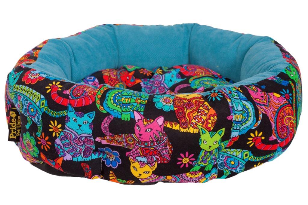 Лежак для животных Pride Крейзи Кэт, 45 х 45 х 12 см10011180Лежак Pride Крейзи Кэт непременно станет любимым местом отдыха вашего домашнего животного. Изделие выполнено из полиэстера. Такой материал не теряет своей формы долгое время. На таком лежаке вашему любимцу будет мягко и тепло. Он подарит вашему питомцу ощущение уюта и уединенности.