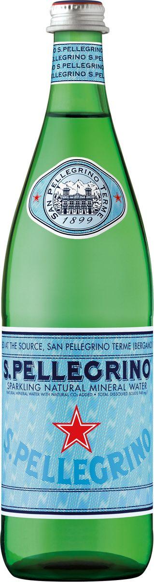 San Pellegrino вода минеральная газированная гидрокарбонатно-сульфатная магниево-кальцевая, 0,75 л0120710S.Pellegrino – минеральная вода натуральной газации, которая добывается из термальных источников итальянской коммуны Сан Пеллегрино Терме (San Pellegrino Terme), расположенной в предгорье Альп на севере Италии. Источник стал популярен еще в начале 16-го века. На его воды съезжалась знать со всей Европы благодаря великому гению эпохи Ренессанс Леонардо Да Винчи, который первым создал карту расположения источника Сан-Пеллегрино. Каждая капля воды S.Pellegrino, рожденная в итальянских Альпах, проходит 30-тилетний путь под землей, насыщаясь минеральными веществами. Её бережно разливают в бутылки прямо на источнике с 1899 года. S.Pellegrino – это настоящий символ Италии и совершенное выражение итальянского образа жизни.100% натуральная водаНе подвергается химической обработкеТонкий вкус и сбалансированное содержание газа прекрасно подчёркивают вкус едыМожно употреблять без ограничения и в любом количествеИсточник полностью защищен и охраняется государствомИсточник: Сан Пеллегрино Терме, Бергамо, Италия. Минеральный состав мг/л: Сульфаты- 430; Бикарбонаты- 245; Кальций-174; Хлориды-52,0; Магний-51,4; Натрий-33,3; Кремний-7,1; Стронций-2,8; Нитраты-2,6; Калий-2,2; Фториды-0,5. Путь, который она проходит до выхода на поверхность, занимает 30 лет. Взаимодействуя с горными породами, вода обретает свои уникальные химико-физические свойства.Условия хранения:Хранить в чистом сухом месте при температуре от +5°С до +30°С, вдали от прямых солнечных лучей и источников сильных запахов. Употребить в течение 48 часов после вскрытия.