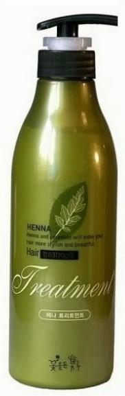 Flor de Man Восстанавливающая маска для волос Хэнна, 500 млFMHNTM102Ультраувлажняющая и питающая маска на основе лавсонии и керамидов помогает вернуть волосам упругость, предотвращает их ломкость и выпадение, придает им сияние и шелковистость. Экстракт хны в составе возвращает насыщенный цвет волосам.