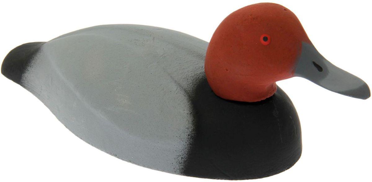 Фигура подсадная Красноголовый нырок. Селезень1457896Подсадная фигура Красноголовый нырок. Селезень выполнена из пластика, прошедшего специальную обработку, и покрыта антибликовыми красками. Материал отлично держится на воде и не крошится. Изделие имеет натуральную матовую окраску. Подсадное чучело часто используется для успешной охоты на уток, в основном на водоеме, в местах с хорошим обзором вокруг. Просто поместите его в место естественного обитания птицы, например, на воду или же в траву и примените манок. Не забудьте позаботиться о маскировке. Реалистичная подсадная фигура плюс духовой манок - и удачная охота обеспечена. Такая фигура также может использоваться для ландшафтного декора на дачном участке.