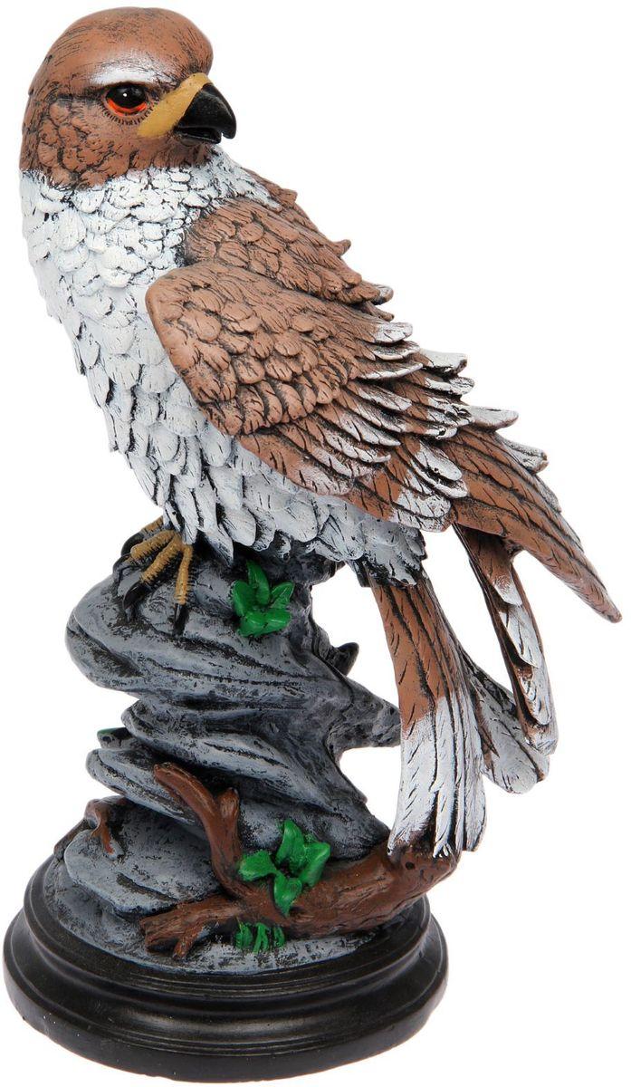Фигура садовая Premium Gips Сокол, 28 х 23 х 45 см1476397Садовая фигурка Сокол символизирует свободу и величие. Фигура царственной птицы придаст ощущение простора и воодушевления.Проявите себя в роли ландшафтного дизайнера. Расставляйте акценты с помощью садового декора: например, чтобы привлечь внимание к клумбе, поставьте фигуру рядом с ней.