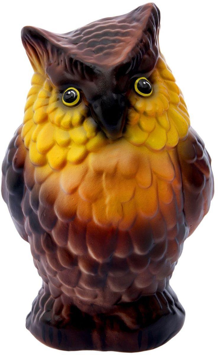 Фигура садовая Сова, 27 х 20 х 35 см1996293Очаровательная садовая фигура в виде совы добавит саду стильную ноту. Садовая фигура легко расставит нужные акценты: приманит взор к водоёму или привлечёт внимание к цветочной клумбе. Фигура выполнена из шамота. Шамот - разновидность керамики, огнеупорный материал высокой прочности. Его получают путём обжига глины, так что ему не страшны прямые солнечные лучи и перепады температуры. Такое изделие будет служить вам долгие годы. Основные преимущества шамота:- Экологичность (отсутствие в материале токсичных веществ, такое изделие не навредит ни людям, ни окружающей среде); - Прочность (глина обжигается при температуре более 1000 °C, ей не страшны любые погодные условия); - Особая текстура, поверхность изделий напоминает шероховатый природный камень.