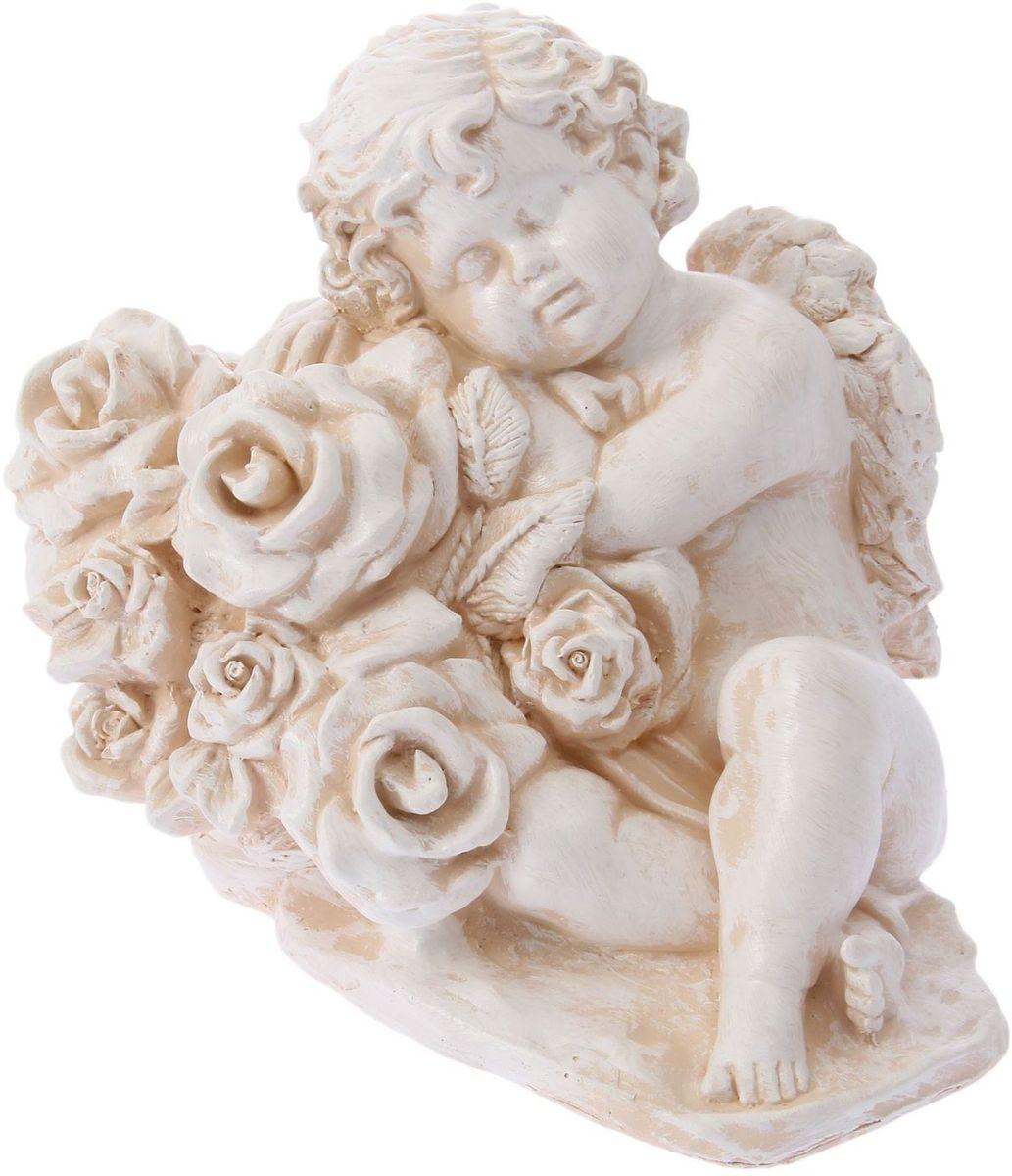 Фигура садовая Ангел с розами, цвет: бежевый, 25 х 18 х 30 см1303327Фигура садовая Ангел с розами - этот сувенир выполнен из качественного гипса. Фигура будет хранить воспоминание о месте, где вы побывали, или о том человеке, который подарил данный предмет.