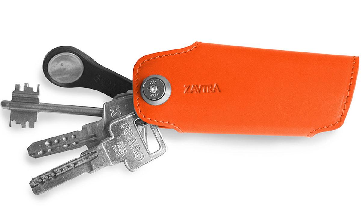Ключница Zavtra, цвет: оранжевый. zav08oraБрошь-кулонКлючница Zavtra упорядочит ваши ключи в одном блоке и сделает их хранение и транспортировку более удобными и менее опасными для окружающих предметов с чувствительными поверхностями. В ключнице есть ось к которой можно присоединить карабин или ретрактор для ношения, например, на поясе или на предусмотренном в некоторых сумках кольце.Аксессуар предназначен для хранения небольших связок (от двух до пяти ключей).