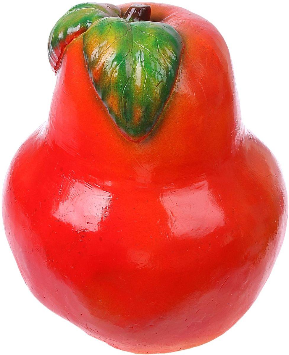 Фигура садовая Груша, цвет: красный, 35 х 35 х 45 см466222_оранжевый, черныйНе удаётся вырастить крупные фрукты? Не беда. Эта большая яркая груша затмит на садовом участке любой урожай. Колоритный декор добавит окружающему пространству новые краски, удивит соседей и вызовет восторг гостей. С помощью яркой садовой фигуры легко расставлять акценты, например, привлечь внимание к цветочной клумбе или водоёму. Фигура из гипса отличается лёгкостью, экологичностью и долговечностью. Украшайте любимый сад оригинально.