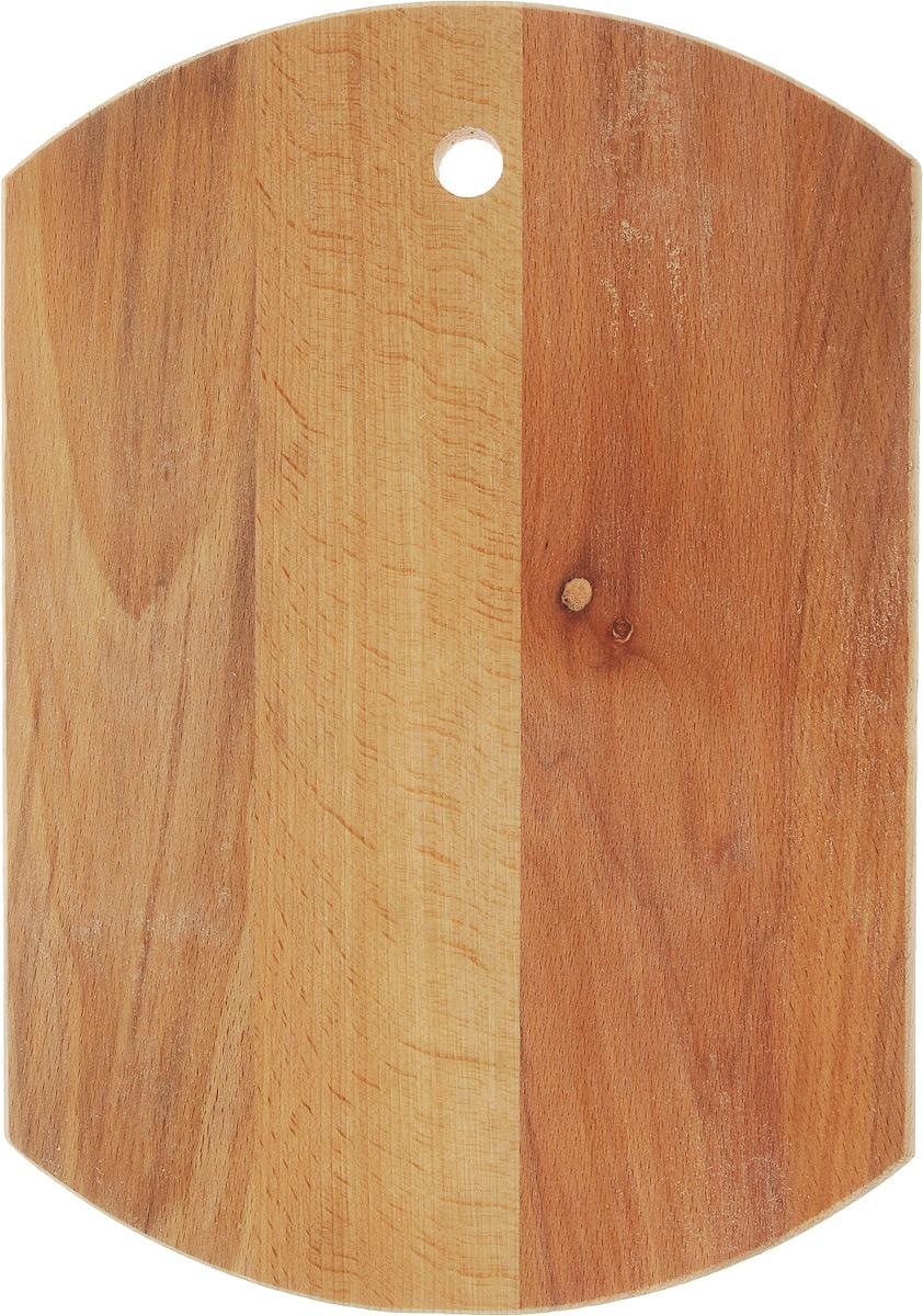 Доска разделочная Mayer & Boch Бочка, 35 х 24,5 х 1,8 см54 009312Доска разделочная Mayer & Boch Бочка выполнена из бука и снабжена отверстием для подвеса. Бук наряду с дубом и тиком относится к ценным твердолиственным породам элитной группы категории А, класса люкс. По структуре древесины бук считается менее рыхлым, чем дуб, и более гибким, чем тик, при этом не уступает по прочности этим двум породам, а по красоте даже превосходит их. Бук отличают, прежде всего, уникальная текстура и естественный белый с желтовато-красным оттенком, со временем переходящим в розовато-коричневый цвет древесины. Бук прекрасно поддается шлифовке и полировке. Бук боится влаги, но, как в случае со всеми без исключения досками из древесины, вопрос влагостойкости решается пропиткой дерева специальным минеральным или льняным маслом. Масло защищает доску от коробления, рассыхания и растрескивания. Нельзя мыть в посудомоечной машине. Для продления срока эксплуатации рекомендуется периодически смазывать доску растительным маслом.