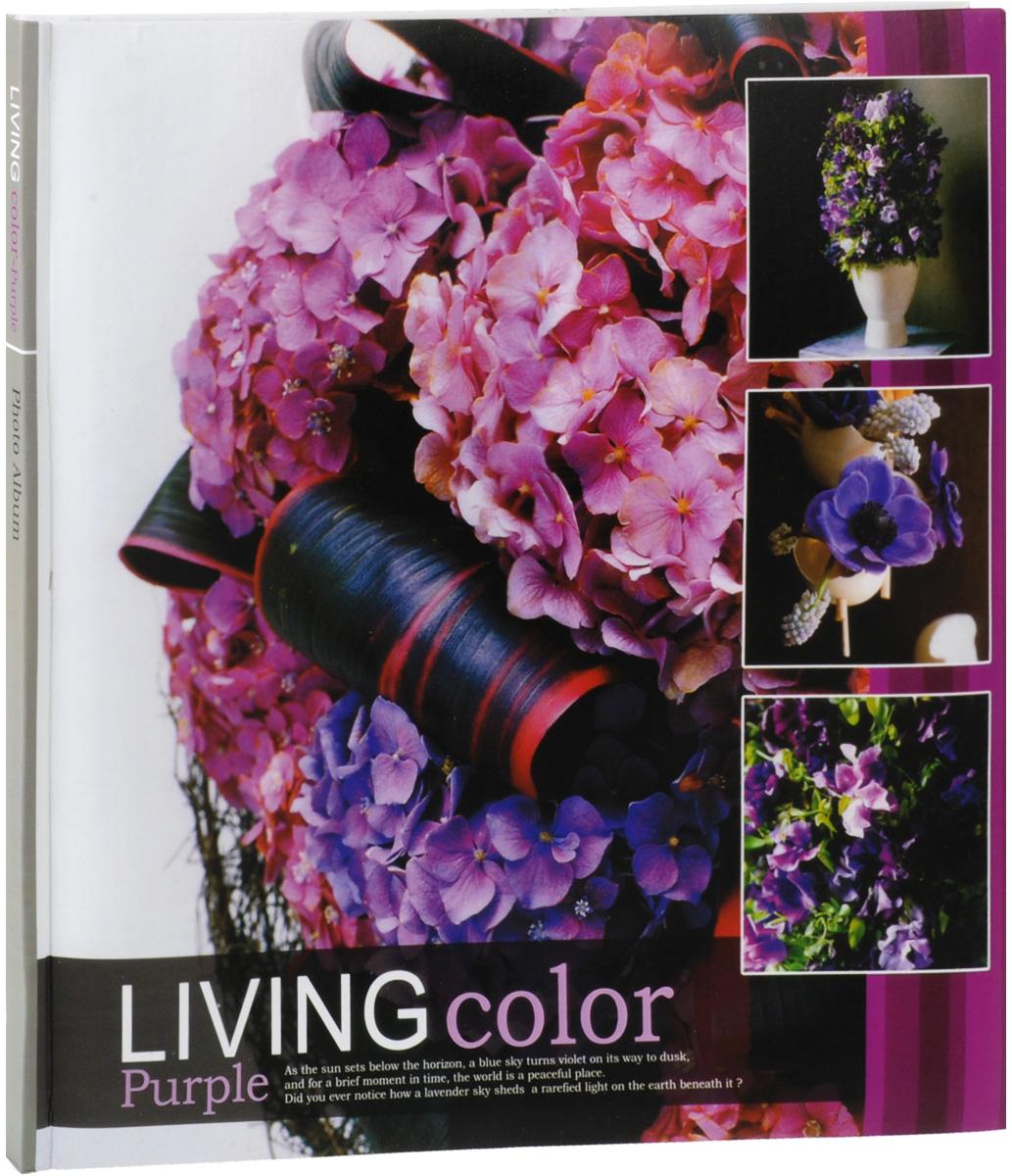 Фотоальбом Pioneer Living Color, 10 магнитных листов, 32 х 32 смБрелок для ключейФотоальбом Pioneer Living Color, изготовленный из картона с клеевым покрытием и пленки ПВХ, сохранит моменты ваших счастливых мгновений на своих страницах! Обложка оформлена изображением цветов. Альбом с магнитными листами удобен тем, что он позволяет размещать фотографии разных размеров. Листы декорированы изображением желтых роз. Переплет книжный. Магнитные страницы обладают следующими преимуществами: - Не нужно прикладывать усилий для закрепления фотографий; - Не нужно заботиться о размерах фотографий, так как вы можете вставить в альбом фотографии разных размеров (максимальный размер фотографии 31,5 см х 31,7 см).Нам всегда так приятно вспоминать о самых счастливых моментах жизни, запечатленных на фотографиях. Поэтому фотоальбом является универсальным подарком к любому празднику. Вашим родным, близким и просто знакомым будет приятно помещать фотографии в этот альбом.Количество листов: 10 шт.Размер листа: 32 см х 32 см.