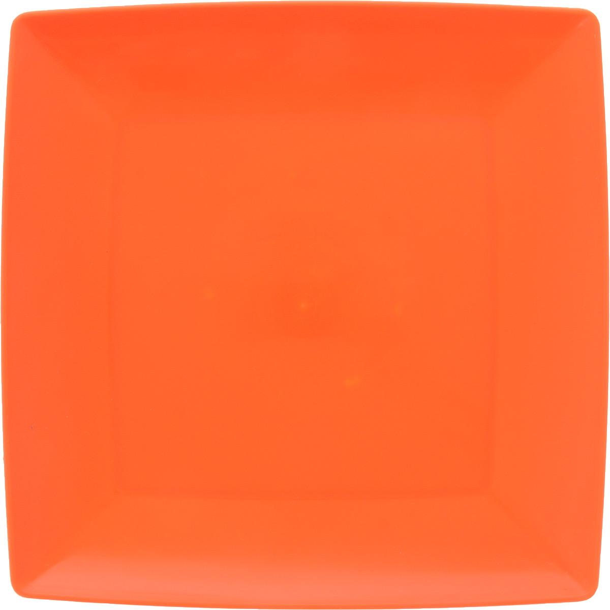 Тарелка Gotoff, цвет: оранжевый, 23,5 х 23,5 см54 009312Квадратная тарелка Gotoff выполнена из прочного пищевого полипропилена. Изделие отлично подойдет как для холодных, так и для горячих блюд. Его удобно использовать дома или на даче, брать с собой на пикники и в поездки. Отличный вариант для детских праздников. Такая тарелка не разобьется и будет служить вам долгое время.Можно использовать в СВЧ, ставить в морозилку при температуре -25°С и мыть в посудомоечной машине при температуре +95°С.