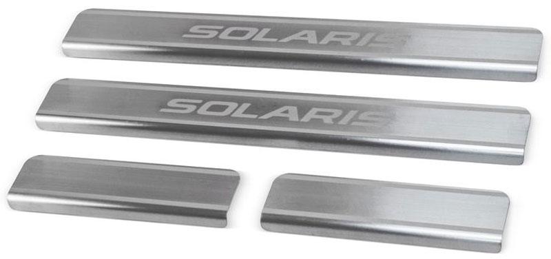 Накладки на пороги Rival, для Hyundai Solaris 2017-, 4 штVCA-00Накладки на пороги Rival создают индивидуальный интерьер автомобиля и защищают лакокрасочное покрытие от механических повреждений.- Использование высококачественной итальянской нержавеющей стали AISI 304 (толщина 0,5 мм).- Надежная фиксация на автомобиле с помощью фирменного скотча 3М на акриловой основе: влагостойкий и морозостойкий.- Устойчивое к истиранию изображение на накладках нанесено методом абразивной полировки.- Идеально повторяют геометрию порогов автомобиля.- Легкая и быстрая установка.