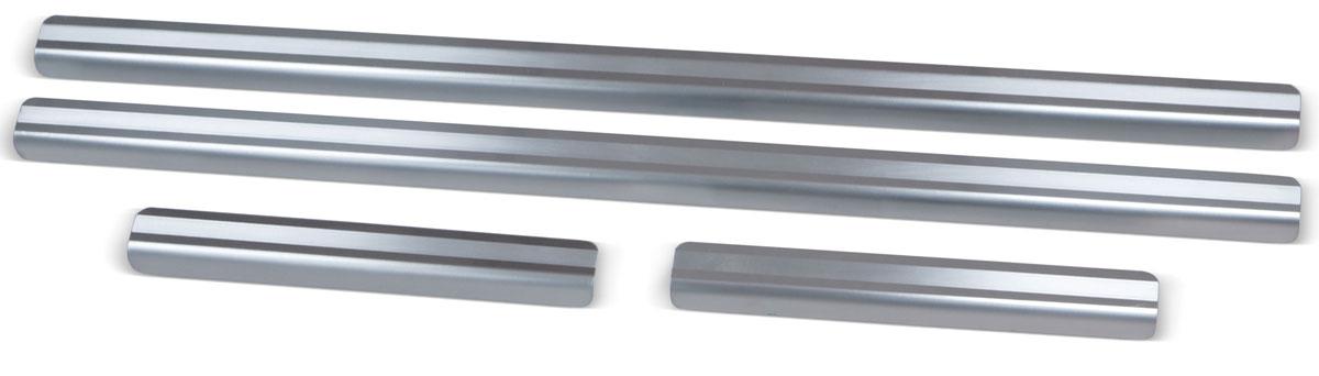 Накладки на пороги Rival, для Renault Kaptur 2016-, 4 шт4620019034603Накладки на пороги Rival создают индивидуальный интерьер автомобиля и защищают лакокрасочное покрытие от механических повреждений.- Использование высококачественной итальянской нержавеющей стали AISI 304 (толщина 0,5 мм).- Надежная фиксация на автомобиле с помощью фирменного скотча 3М на акриловой основе: влагостойкий и морозостойкий.- Устойчивое к истиранию изображение на накладках нанесено методом абразивной полировки.- Идеально повторяют геометрию порогов автомобиля.- Легкая и быстрая установка.