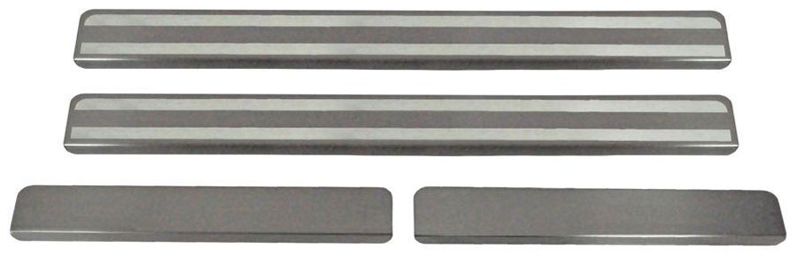 Накладки на пороги Автоброня, для Lada XRAY 2016-, 4 шт. NPLAXRA013NP.5807.3Накладки на пороги Автоброня создают индивидуальный интерьер автомобиля и защищают лакокрасочное покрытие от механических повреждений.Особенности:- Использование высококачественной итальянской нержавеющей стали AISI 304 (толщина 0,5 мм).- Надежная фиксация на автомобиле с помощью скотча 3М серии VHB.- Устойчивое к истиранию изображение на накладках нанесено методом абразивной полировки.- Идеально повторяют геометрию порогов автомобиля.- Легкая и быстрая установка.В комплект входят 4 накладки (2 передние и 2 задние).