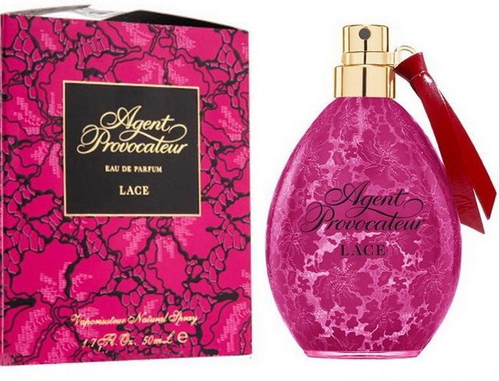 Agent Provocateur Lace Woman парфюмированная вода, 50 мл2218Цветочные.Бергамот, кумкват, цветочные ноты, шафран, апельсин, барвинок, орхидея, цветок апельсина, амбра, кедр, мускус
