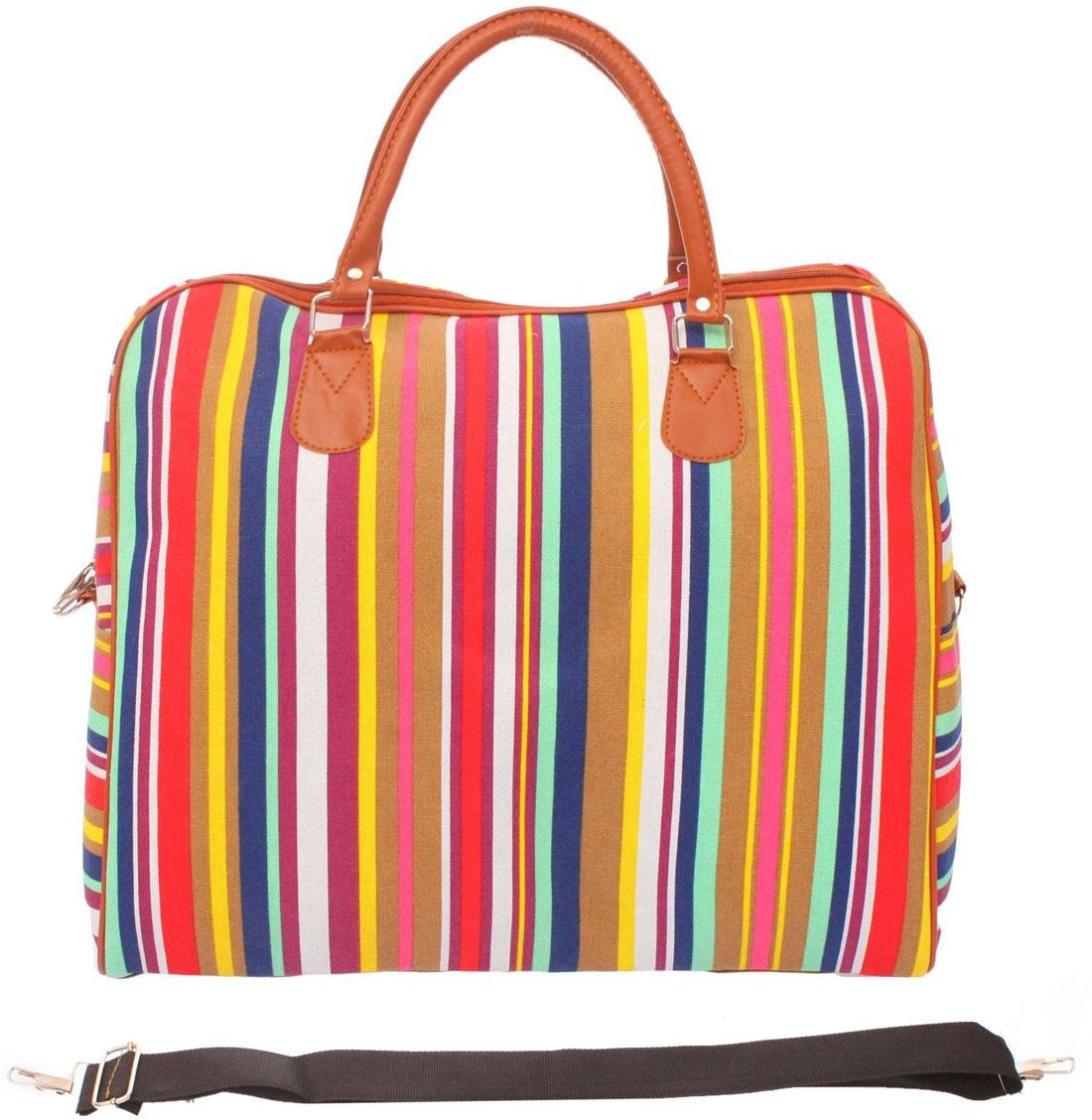 Сумка дорожная Sima-land. 1046584Костюм Охотник-Штурм: куртка, брюкиПрочная дорожная сумка прекрасно подойдёт как в путешествии, так и в деловых поездках. Она позволяет взять с собой всё необходимое: от нижнего белья до брюк, юбок и пиджаковМодель оснащена широкими ручками и съёмным длинным ремнём для комфортной переноски. Дорожный аксессуар прослужит много лет, так как изготовлен из прочного текстиля, устойчивого к выцветанию.
