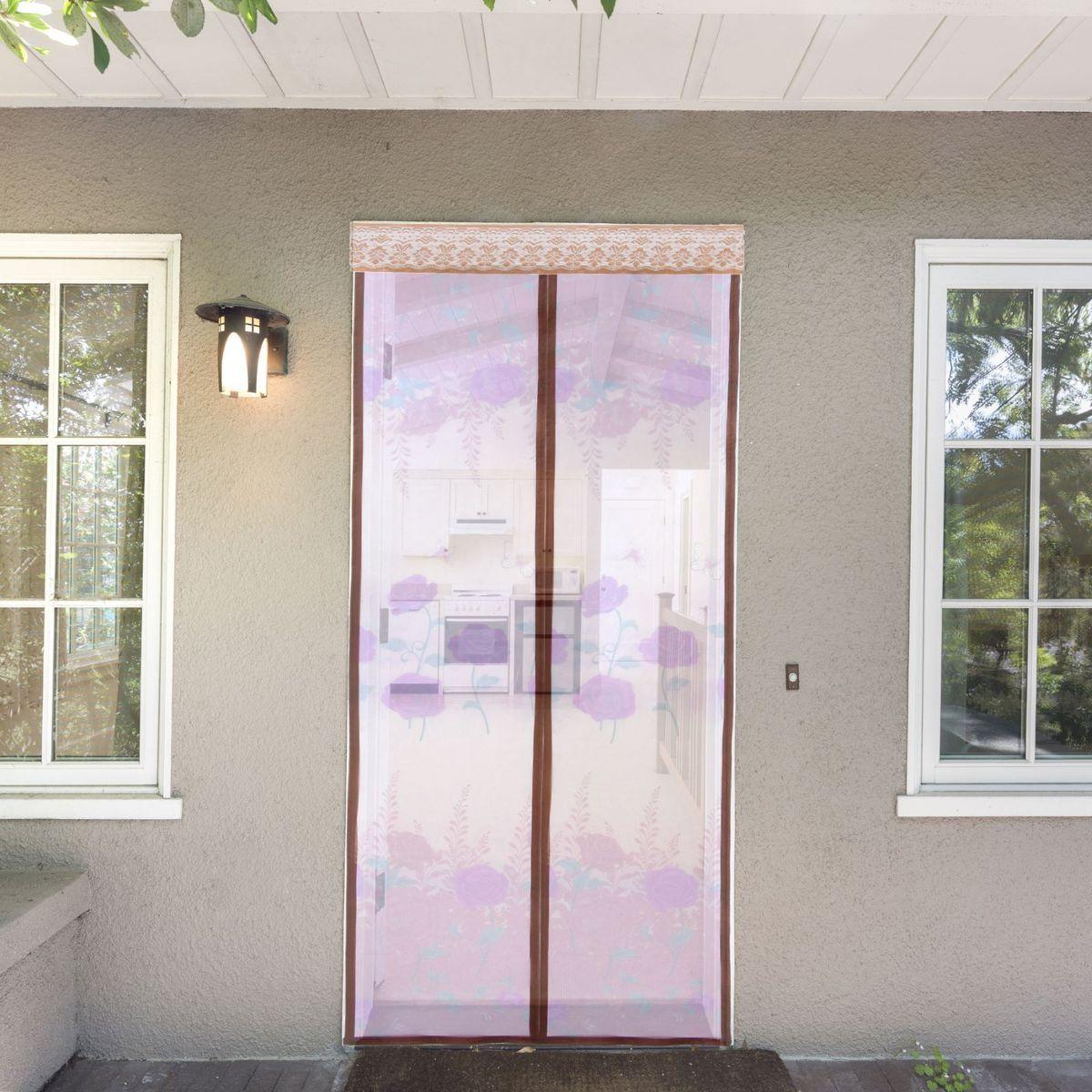 Сетка антимоскитная Noname Цветы, на магнитной ленте, цвет: бежевый, 80 х 210 смAS 25Занавес от насекомых Noname Цветы выполнен на магнитной ленте и универсален в использовании. Необходимо просто подвесить его при входе в садовый дом или балкон, чтобы предотвратить попадание комаров внутрь жилища. Чтобы зафиксировать занавес в дверном проеме, достаточно закрепить занавеску по периметру двери с помощью кнопок, идущих в комплекте. Принцип действия занавеса: каждый раз, когда вы будете проходить сквозь шторы, они автоматически захлопнутся за вами благодаря магнитам, расположенным по всей его длине.