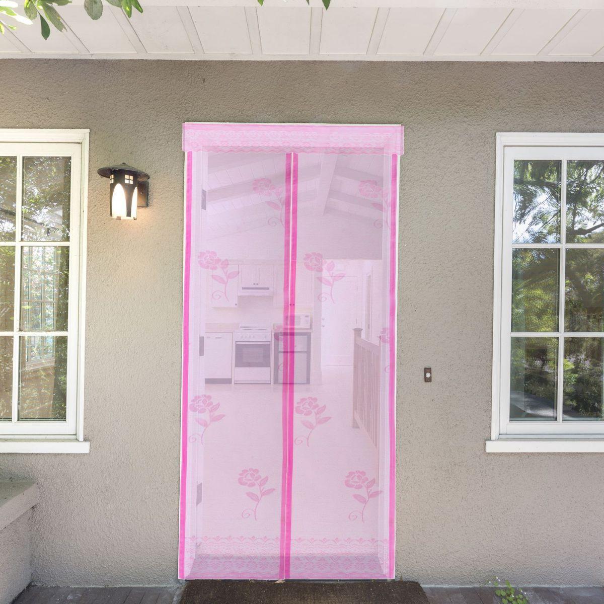 Сетка антимоскитная Розы, на магнитной ленте, цвет: розовый, 80 х 210 смPH5861Занавес от насекомых Розы выполнен на магнитной ленте и универсален в использовании. Необходимо просто подвесить его при входе в садовый дом или балкон, чтобы предотвратить попадание комаров внутрь жилища. Чтобы зафиксировать занавес в дверном проеме, достаточно закрепить занавеску по периметру двери с помощью кнопок, идущих в комплекте. Принцип действия занавеса: каждый раз, когда вы будете проходить сквозь шторы, они автоматически захлопнутся за вами благодаря магнитам, расположенным по всей его длине.