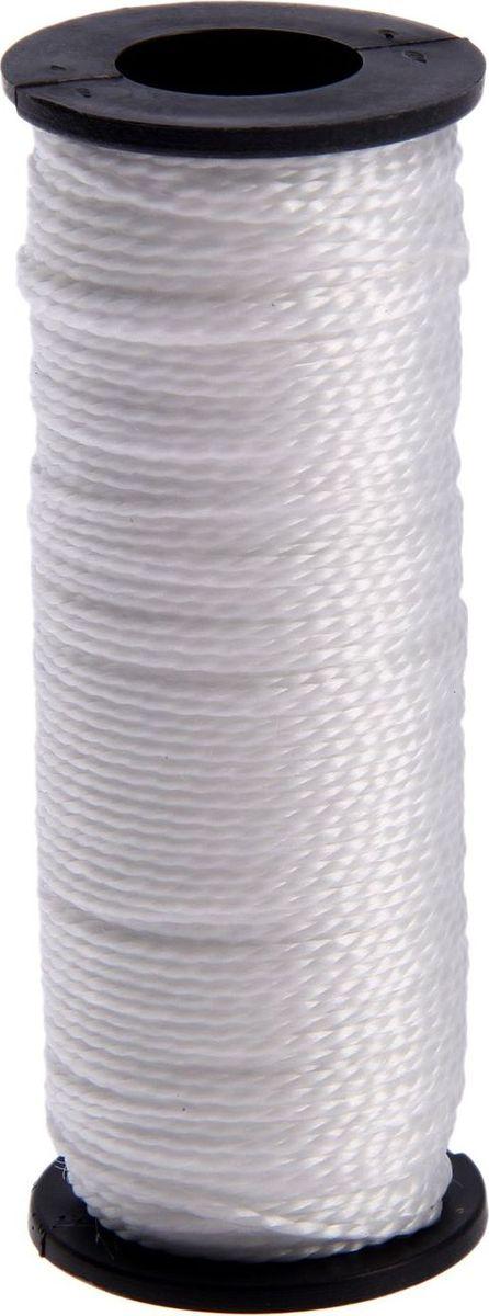 Нить крученая, двухпрядная, 1,3 мм, 50 м2259298Нить полипропиленовая представляет собой кручёное полимерное волокно с высокой прочностью и долговечностью. Она считается экологически безопасной, поэтому никаких особых ограничений при работе с ней нет. У прочной нити из полипропилена много способов использования в быту. Нить можно использовать в рукоделии для вязания входных ковриков, мочалок, сумочек или для упаковки продуктов и одежды. В творчестве используется для создания различных элементов декора. В рыболовстве с её помощью вяжут сети для ловли рыб. Нить всегда пригодится на даче для подвязывания рассады, гороха, в качестве ограждения и т. д.