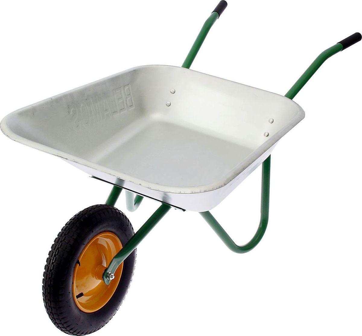 Тачка садовая, одноколесная, 85 лK100Лёгкая и манёвренная тачка с одним колесом подойдёт для работы в саду и огороде. В ней вы перевезёте листья, компост, землю. Используют в парках и скверах при озеленении.Характеристики Объём кузова: 85 л. Грузоподъёмность: 80 кг.Диаметр колеса: 380 мм.Ширина тачки в сборе: 65 см.Габаритные размеры: 134 ? 56 ? 65 см.Особенности конструкции Тачка состоит из колеса, кузова и рамы. Вы быстро и без проблем её соберёте.Пневматическое колесо обеспечивает лёгкое передвижение по неровной поверхности.Трапециевидный кузов с плоским квадратным днищем изготовлен из качественной оцинковки.Удобные пластиковые ручки не натрут вам мозоли.Техническое обслуживание: Прежде чем приступить к работе, проверьте затяжку креплений.После применения очистите узлы от грязи, раствора, ополосните водой и просушите.Периодически проверяйте давление воздуха в шине. Оно должно быть в пределах 1,8–2 атм.Храните тачку в сухом помещении при температуре от –30 до 50 °С.