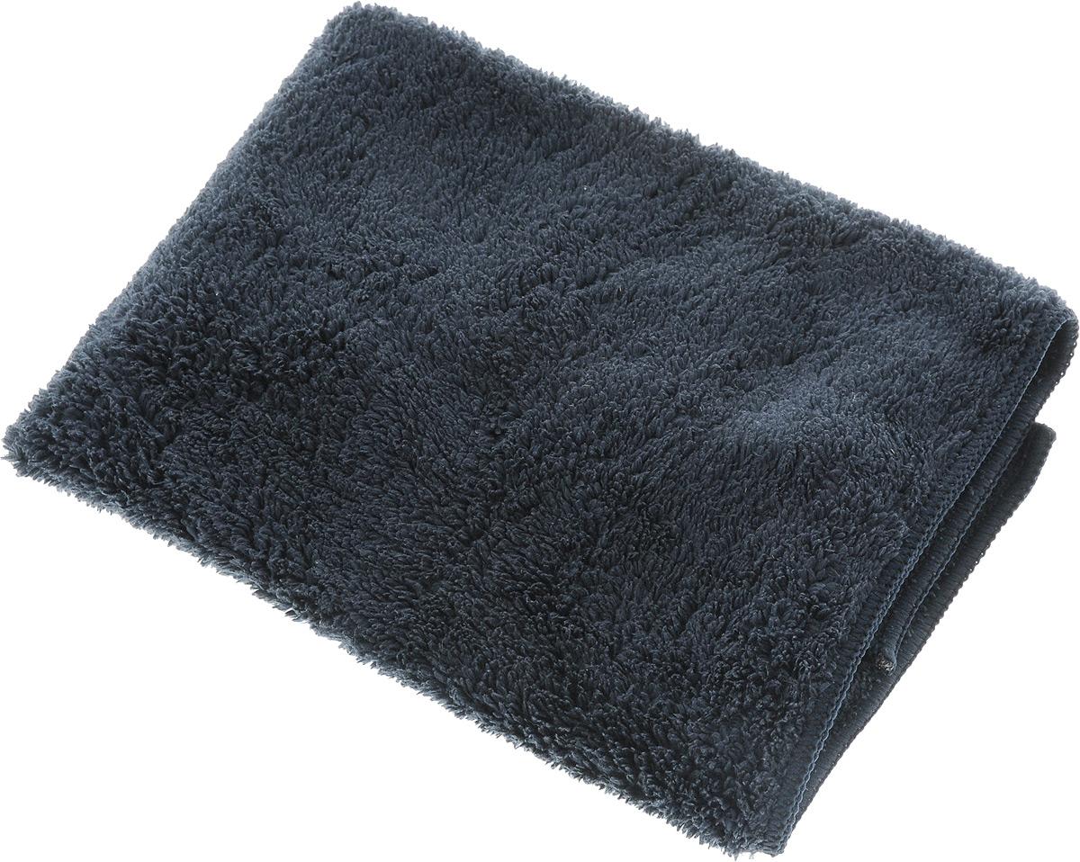 Салфетка чистящая Sapfire, для мытья и полировки автомобиля, цвет: темно-серый, 40 х 40 см06008A7602Салфетка чистящая Sapfire изготовлена из микрофибры (100% полиэстер). Технология изготовления микрофибры Сапфир гарантирует великолепные чистящие и абсорбирующие свойства, повышенную мягкость, плотность и длительность использования. Благодаря своей уникальной ворсовой структуре салфетка прекрасно подходит для мытья и полировки автомобиля.Материал салфетки (микрофибра) обладает уникальной способностью быстро впитывать большой объем жидкости (в 8 раз больше собственной массы). Клиновидные микроскопические волокна захватывают и легко удерживают частички пыли, жировой и никотиновый налет, микроорганизмы, в том числе болезнетворные и вызывающие аллергию. Салфетка великолепно удаляет пыль и грязь с любой поверхности, моет и сушит. Протертая поверхность становится идеально чистой, сухой, блестящей, без разводов и ворсинок. Салфетка эффективна как в сухом, так и во влажном виде. Допускается машинная и ручная стирка.