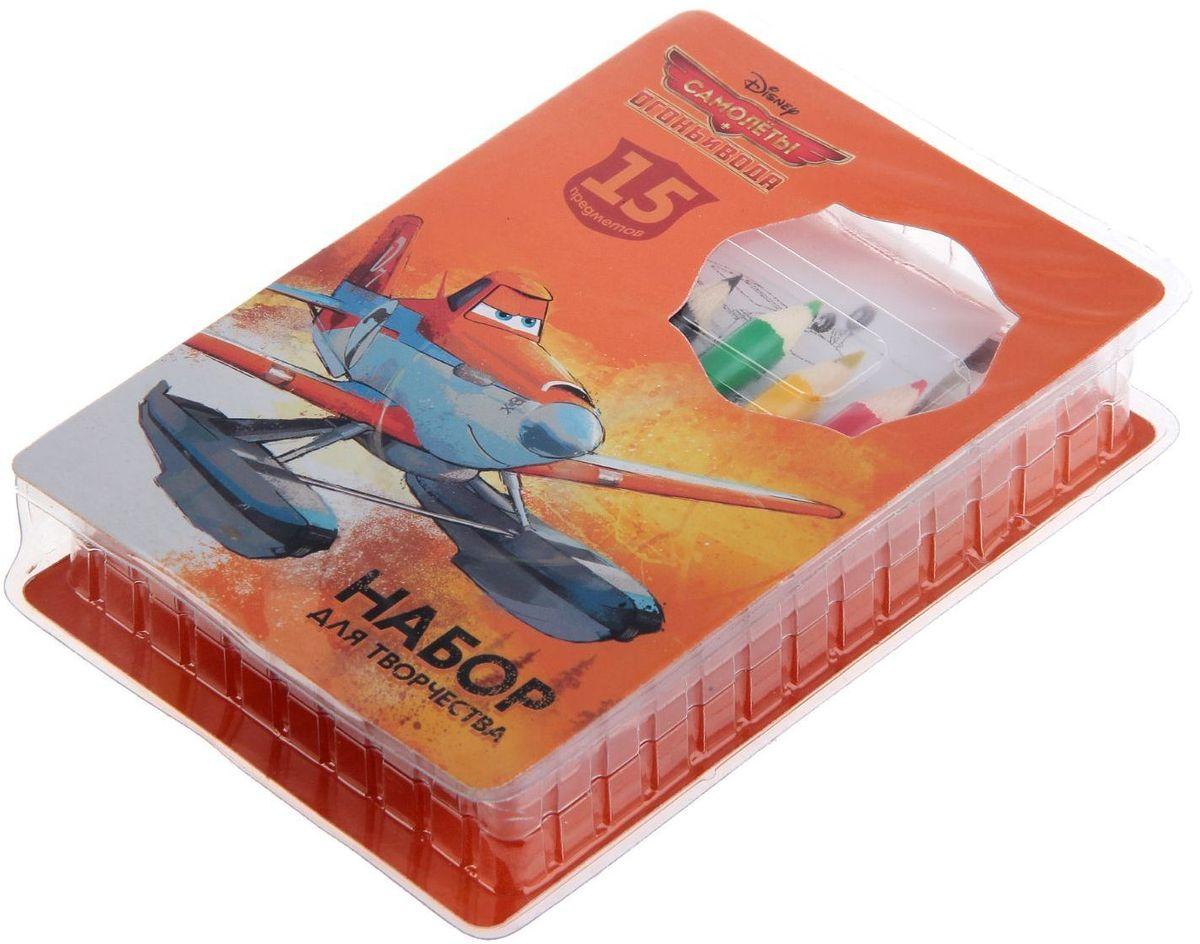 Disney Набор для творчества Самолеты 15 предметовFS-36052В набор входит:6 цветных карандашей,книжка-раскраска,ластик,точилка,6 восковых мелков,футляр.