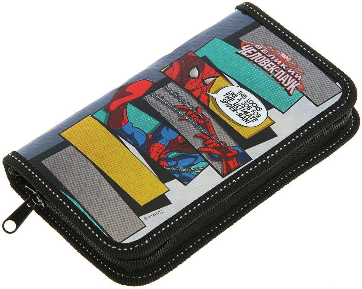 Marvel Пенал Человек паук2452421Яркий и весёлый пенал поможет вашему непоседе сохранять порядок у себя в рюкзаке и на письменном столе. С таким аксессуаром ваш юный школьник станет главным модником в классе!