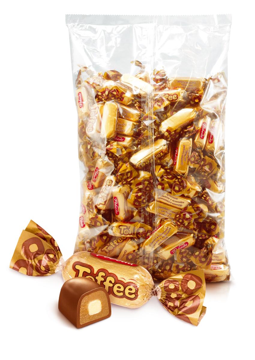 Победа вкуса Toffee конфеты молочные темная и сливочная карамель в шоколаде, 1 кг0120710Мягкая карамель тоффи, сваренная на сливочном масле и сгущенном молоке, политая настоящим шоколадом.