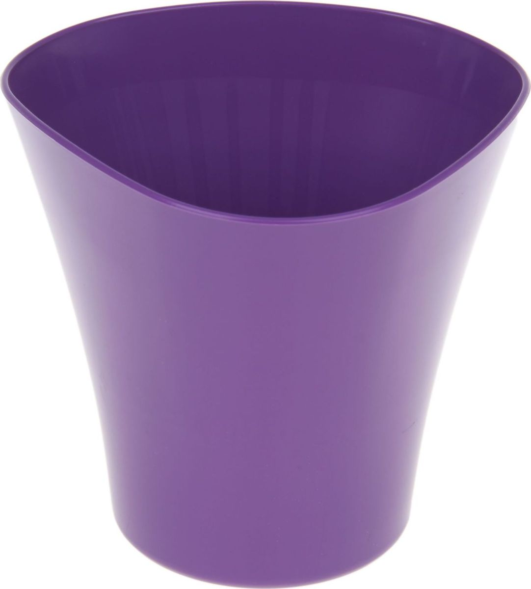Кашпо JetPlast Волна, цвет: фиолетовый, 1,5 л531-103Кашпо Волна имеет уникальную форму, сочетающуюся как с классическим, так и с современным дизайном интерьера. Оно изготовлено из прочного полипропилена (пластика) и предназначено для выращивания растений, цветов и трав в домашних условиях. Такое кашпо порадует вас функциональностью, а благодаря лаконичному дизайну впишется в любой интерьер помещения. Объем кашпо: 1,5 л.