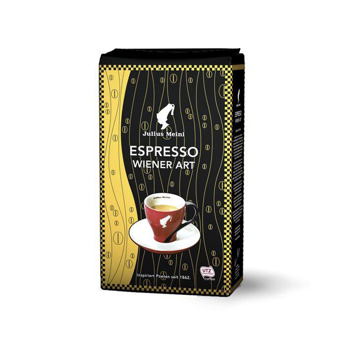 Julius Meinl Эспрессо кофе в зернах, 1 кг0120710Этот бленд идеально подходит для приготовления классического венского эспрессо. Первоклассные зерна арабики с южноамериканских плантаций, обладающих экологическими сертификатами Rain forest, гарантируют отменный вкус и невероятный аромат кофе в чашке.Уважаемые клиенты! Обращаем ваше внимание на то, что упаковка может иметь несколько видов дизайна. Поставка осуществляется в зависимости от наличия на складе.