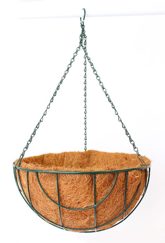 Кашпо подвесное Garden Show Сфера, с вкладышем из коковиты, диаметр 35 см466507Подвесное кашпо Garden Show предназначено для размещения декоративных растений как снаружи, так и внутри помещения. Кашпо выполнено из металла в форме полусферы. Подвешивается с помощью трех цепочек, объединенных удобным крючком. Наличие кокосового наполнителя не требует использования цветочного горшка. Кокосовое волокно способствует сохранению в почве питательных веществ и сохранению комфортного для растений уровня влажности.