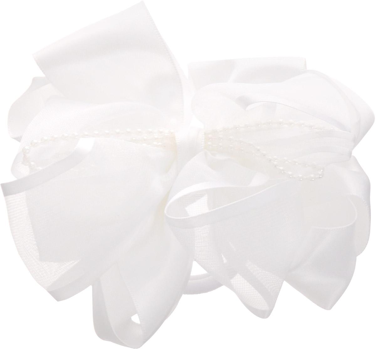 Babys Joy Резинка для волос цвет белый с бусинами MN 203MP59.4DРезинка для волос Babys Joy выполнена в виде бантика из трех сплетенных вместе лент разного размера. Бантик декорирован в центре бусинами. Резинка позволит убрать непослушные волосы с лица и придаст образу немного романтичности и очарования.Резинка для волос Babys Joy подчеркнет уникальность вашей маленькой модницы и станет прекрасным дополнением к ее неповторимому стилю.