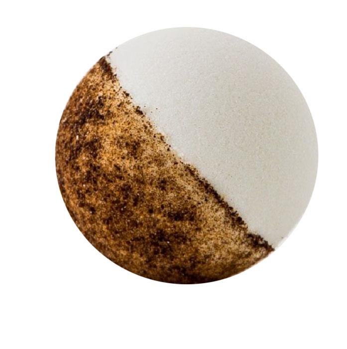 BIO2You Шарик для ванны Кофе, 125 гFS-00897В составе шариков для ванны: масло авокадо – питает кожу, снимает раздражения и стимулирует выработку коллагена, который придает упругость коже и предотвращает ее преждевременное старение. Масло авокадо проникает глубоко в кожу, что делает его незаменимым средством по уходу.