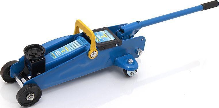 Домкрат подкатной DolleX, 2 т, 130-320 мм52220Домкрат гидравлический подкатной Dollex обеспечивает быстрый и плавный подъем.- Грузоподъёмность 2 т ; - Высота подхвата 130 мм; - Высота подъёма 320 мм; - Вес домкрата 6,5 кг; - Предохранительный клапан. - Поворотная площадка. - Усиленный металлический каркас. - Вращающиеся колеса для более легкого размещения.