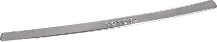 Накладка бампера декоративная DolleX, для TOYOTA Corolla (2006-2010)NSK-105Придают автомобилю стильный и неповторимый вид, эффективно защищает бампер от повреждения лакокрасочного покрытия.Отличительные особенности:- Полированная нержавеющая сталь;- Толщина стали 0,5 мм.;- Стильный внешний вид;- Легкая и быстрая установка;- Крепление лента липкая двухсторонняя.