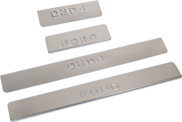 Накладки внутренних порогов DolleX, для FORD Kuga (2013->), 4 шт111.01832.1Придают автомобилю стильный и неповторимый вид, эффективно защищают пороги от повреждения лакокрасочного покрытия.Отличительные особенности:- Полированная нержавеющая сталь- Толщина стали 0,5 мм.- Стильный внешний вид- Легкая и быстрая установка- Крепление лента липкая двухсторонняяКомплект:размер 550х61мм - 2штразмер 200х61мм - 2шт