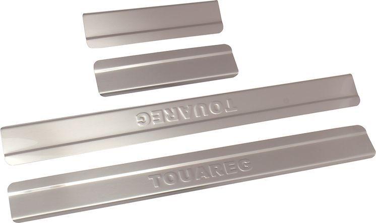Накладки внутренних порогов DolleX, для VW Touareg (2015->), ступенчатые, 4 штNPS-065Придают автомобилю стильный и неповторимый вид, эффективно защищают пороги от повреждения лакокрасочного покрытия.Отличительные особенности:- Полностью повторяет геометрию порога;- Полированная нержавеющая сталь;- Толщина стали 0,5 мм.;- Стильный внешний вид;- Легкая и быстрая установка;- Крепление лента липкая двухсторонняя.Комплект: размер 500х51 мм - 2 шт.размер 200х51 мм - 2 шт.