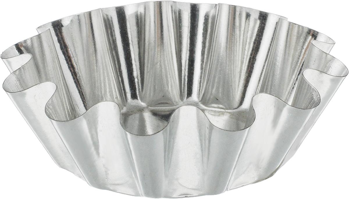 Форма для выпечки кекса Никис, 7,5 х 7,5 х 2,6 см68/5/4Форма для выпечки кекса Никис выполнена из высококачественной пищевой жести, не содержит вредных примесей. Изделие выдерживает значительные перепады температур без потери качества, его легко мыть и хранить.Тепло в изделиях из жести распределяется более равномерно, выпечка не пересушивается с боков.Диаметр формы (по верхнему краю): 7,5 см.Высота формы: 2,6 см.
