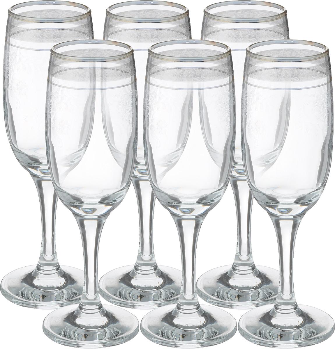 Набор бокалов Гусь Хрустальный Нежность, 190 мл, 6 штTL34-419Набор Гусь-Хрустальный Нежность состоит из 6 бокалов на длинных тонких ножках, изготовленных из высококачественного натрий-кальций-силикатного стекла. Изделия оформлены красивым зеркальным покрытием и прозрачным орнаментом. Бокалы предназначены для шампанского или вина. Такой набор прекрасно дополнит праздничный стол и станет желанным подарком в любом доме. Разрешается мыть в посудомоечной машине. Диаметр бокала (по верхнему краю): 5 см. Высота бокала: 18,5 см.