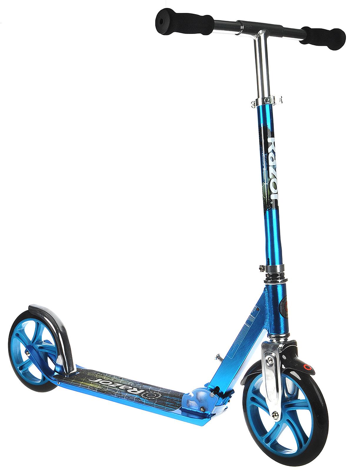 Самокат двухколесный Razor A5 Lux Kick Scooter, цвет: синийMHDR2G/AЯркий двухколесный самокат Razor A5 Lux Kick Scooter станет отличным подарком любителю скорости и активного отдыха! Большие полиуретановые колеса диаметра 200 мм с передним амортизатором менее чувствительны к неровностям дороги. Рукоятка самоката регулируется по высоте, ручки покрыты мягким прорезиненным материалом, что позволяет избежать мозолей на ладонях. Платформа самоката снабжена специальным покрытием, благодаря которому нога не будет соскальзывать с самоката.Катание на самокате - одно из любимых занятий детей. Оно приобретает большую популярность, поскольку не требует специальных навыков.Самокат быстро и легко складывается и не требует особых мест для хранения.Материал рамы - алюминий. Вес - 3.6 кг. Максимальная нагрузка - 100 кг. Диаметр колес - 200 мм, полиуретан. Высота руля - регулируется. Типа рамы - складной. Тормоз - ножной, на заднем колесе.