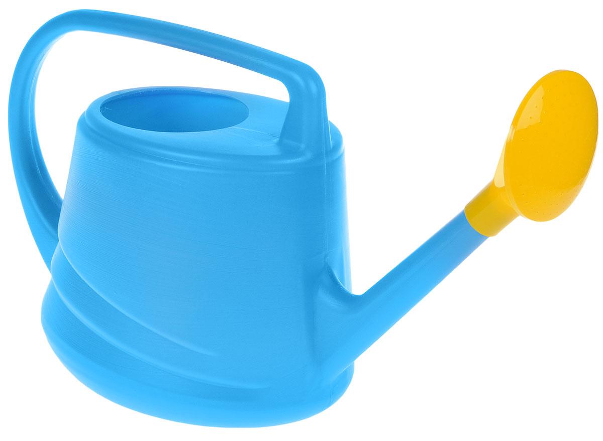 Лейка Альтернатива Евро, с рассеивателем, цвет: синий, желтый, 10 л1.645-504.0Садовая лейка Альтернатива Евро предназначена для полива насаждений на приусадебном участке. Она выполнена из пластика и имеет небольшую массу, что позволяет экономить силы при поливе. Удобство в использовании также обеспечивается за счет эргономичной ручки лейки. Выпуклая насадка-рассеиватель позволяет производить равномерный полив, не прибивая растения.