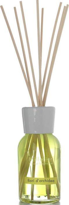 Диффузор ароматический Millefiori Milano Natural Цветы орхидеи / Fiori Di Orchidea, 250 мл7DDFOАроматический диффузор Millefiori Milano Natural наполнит ваш дом неповторимым ароматом цветов орхидеи. Ароматизатор произведен из натуральных компонентов и является образцом качественного и безопасного продукта для дома. Ароматический диффузор с палочками - это простое, изящное и долговременное решение, как наполнить дом или офис приятным запахом. Просто поместите ротанговые палочки в емкость с ароматической жидкостью. Степень интенсивности запаха может регулироваться объемом ароматической жидкости и количеством палочек. Диффузор - это не просто освежитель воздуха, а элемент декора, который окутает вас своим приятным и нежным ароматом.Описание ароматической композиции: нежный и свежий цветочный букет.Базовые ноты: Персик, Лимон, Слива, Мандарин, Листья инжира.Средние ноты: Орхидея, Дамасская роза, Ирис, Цикламен.Верхние ноты: Янтарь, Сандаловое дерево, Мускус, Кедр. Товар сертифицирован.