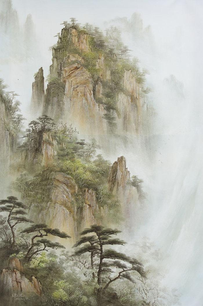 Картина Туман в горах. Холст, масло. 90х60 смV-165Ким Константин разработал авторскую технику для картин в жанре шань шуй (горы и вода). Вода в движении наиважнейший элемент философии Фен шуй. Водопады очень популярны в Фен шуй, так как они несут с собой энергию воды, а вода является символом богатства и процветания.Гора в Фен шуй является символом равновесия, стабильности и опоры.Картины автора хорошо подходят для интерьеров в стиле шинуазри и в японском минимализме.
