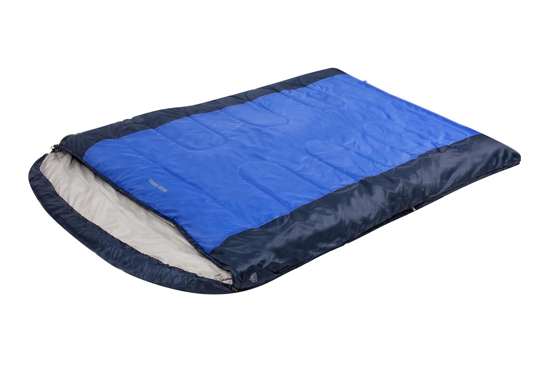 Спальный мешок Trek Planet Safari Double, двусторонняя молния, цвет: темно-серый, синийKOCAc6009LEDКомфортный, просторный и теплый двухместный спальник-одеяло с капюшоном Trek Planet Safari Double. Идеально подойдет для тех, кто путешествует парой! Предназначен для походов и отдыха на природе в прохладные дни весенне-осеннего периода, когда возможны заморозки.Особенности спальника: - Двойная ширина спальника, - 4-канальный наполнитель Hollow Fiber, - Внешний материал: полиэстер, - Внутренняя ткань: мягкий полиэстер (Pongee), - Две двухсторонние молнии по бокам, - Термоклапан вдоль молнии, - Внутренний карман, - К спальнику прилагается удобный чехол с ручкой для хранения и переноски.