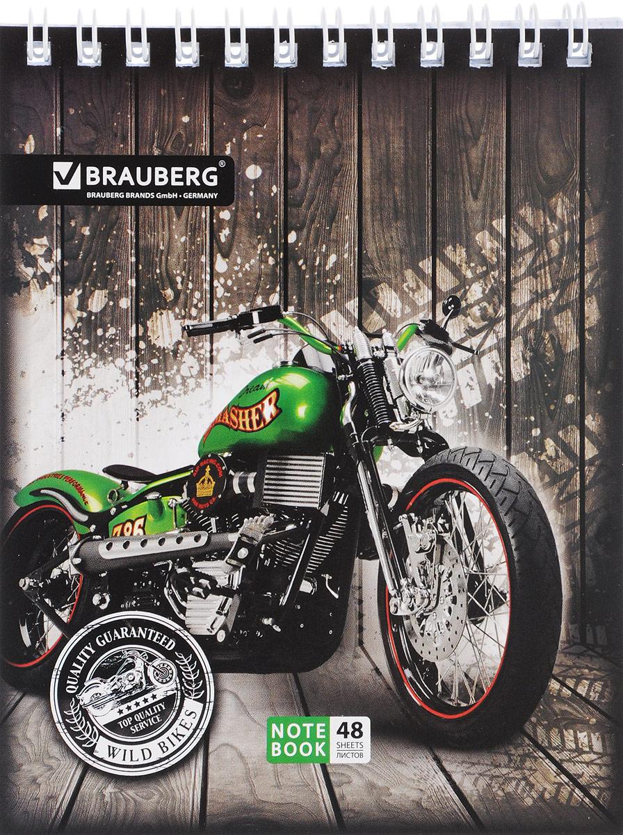 Brauberg Блокнот Мотоциклы 48 листов в клетку цвет зеленый72523WDБлокнот Brauberg Мотоциклы на металлическом гребне с картонной обложкой предназначен для фиксации необходимых заметок.Внутренний блок состоит из высококачественной офсетной бумаги в клетку.