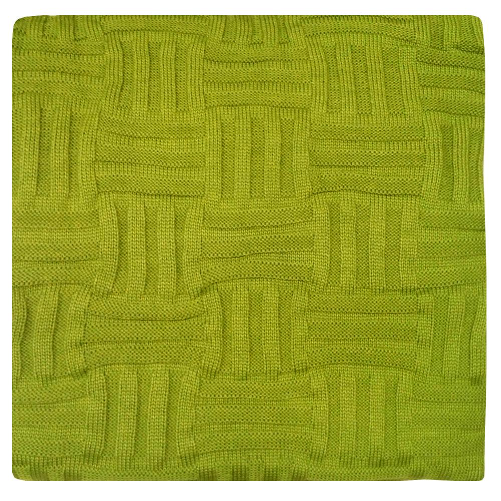 Плед Apolena Olive Quadro, 130 х 180 см87-V380/1Вязаный плед для кресла пригодится в любое время года. Плед выполнен из мягкой объемной пряжи с модным рисунком квадраты. Удобство, комфорт, стиль и экологичность в одном предмете.