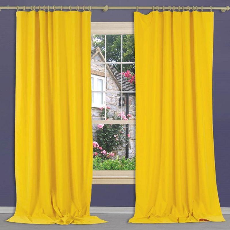 Штора Apolena Лимончелло, на ленте, цвет: желтый, высота 270 смP308-Z336/1Штора Apolena, изготовленная из микрофибры (100% полиэстер), имеет насыщенный цвет и плотную структуру. Рассеивает солнечный свет на 30-60% в зависимости от цвета полотна. Чем темнее цвет, тем выше коэффициент поглощения солнечных лучей. Уникальным свойством ткани является поглощение пыли, которая не оседает на поверхности, а проникает внутрь капиллярной структуры полотна. При задергивании штор, пыль не летит во все стороны и впоследствии легко удаляется при стирке. Штора идеально подходит для детской или молодежной комнаты, а также для гостиной в стиле Loft, Pop art или Модерн. Стойкий глубокий цвет полотна прекрасно сочетается с аксессуарами из разных коллекций, как в виде компаньона, так и в качестве самостоятельного акцентного элемента интерьера. Шторная лента позволяет крепить штору на классический карниз и на крючки с кольцами. При желании вы можете присборить штору с помощью лески, предварительно закрепив ее концы с обеих сторон.
